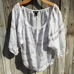 White House Black Market Embroidery Peasant Top XL